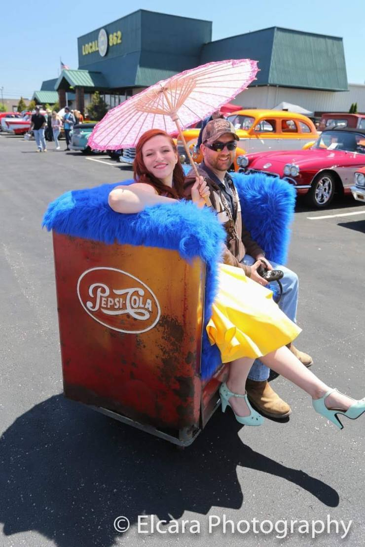 Motorized Vintage Pepsi Cooler | Holly von Fox